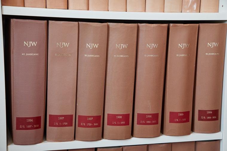 Rechtsbücher - TOPJUS Rechtsanwälte Kupferschmid & Partner mbB